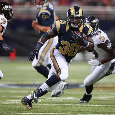 hi-res-178358136-zac-stacy-of-the-st-louis-rams-rushes-against-the_crop_exact